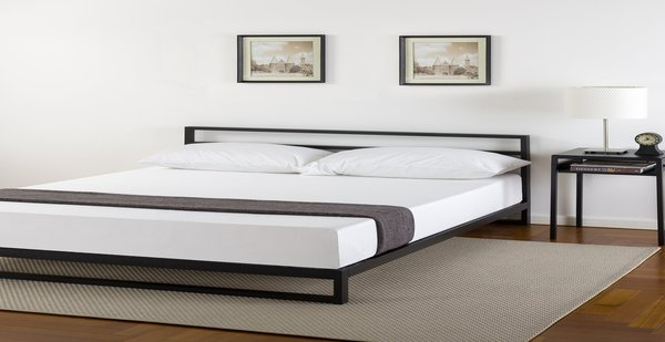 zinus_7_inch_platform_bed_frame_with_headboard