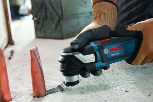 Bosch GOP40-30B StarlockPlus Oscillating Multi-Tool Kit with Snap-In Blade Attachment Review